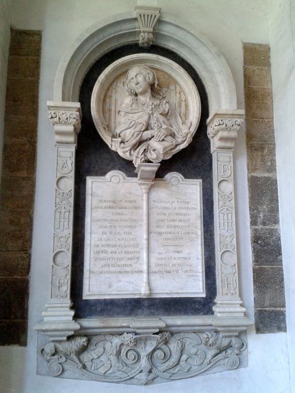 Félicie de Fauveau's Memorial to her Mother in the Cloister of Santa Maria del Carmine